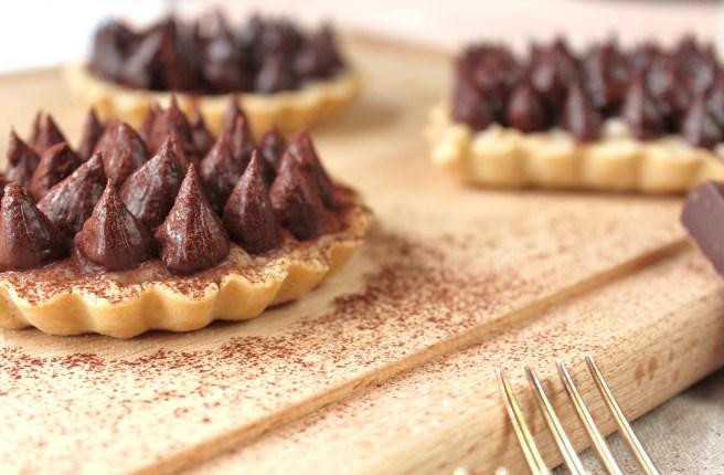 Tartelettes choco & marrons, ganache chocolat et crème pâtissière aux marrons