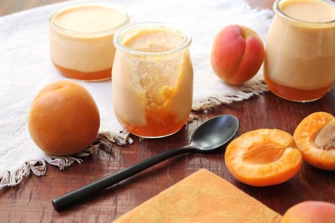 Crèmes mousseuses aux abricots