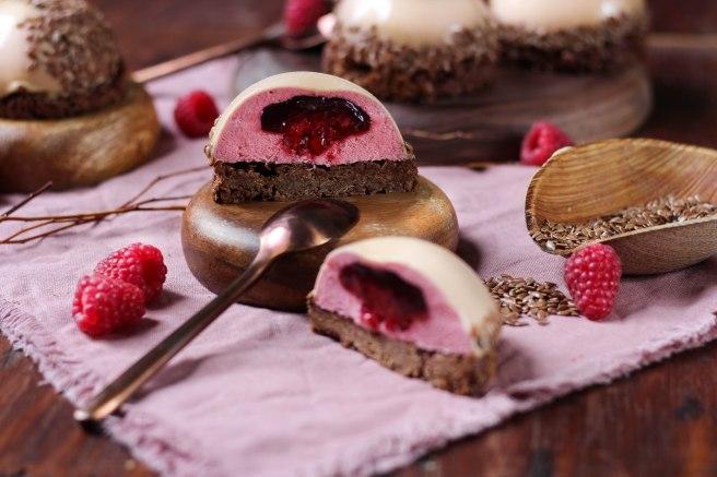 Dôme au chocolat dulcey & framboises