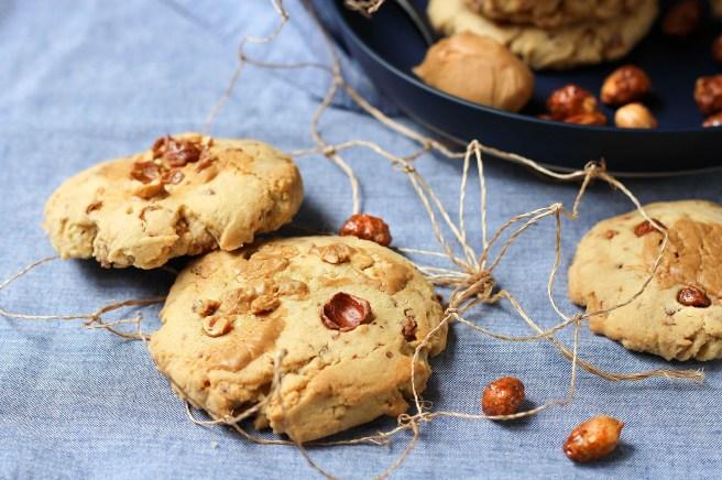 Cookies aux cacahuètes caramélisées et beurre de cacahuètes