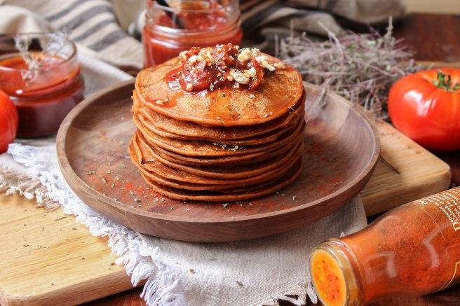 Pancakes aux tomates & fromage de chèvre