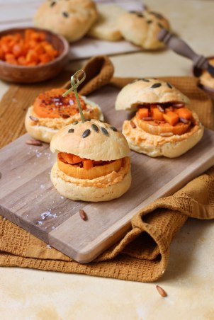 Minis burgers à la butternut d'halloween - street food photography