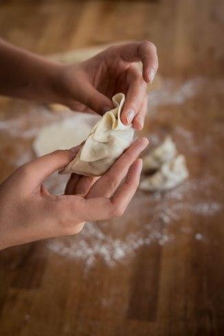 Confection et technique de montage de gyozas - photography