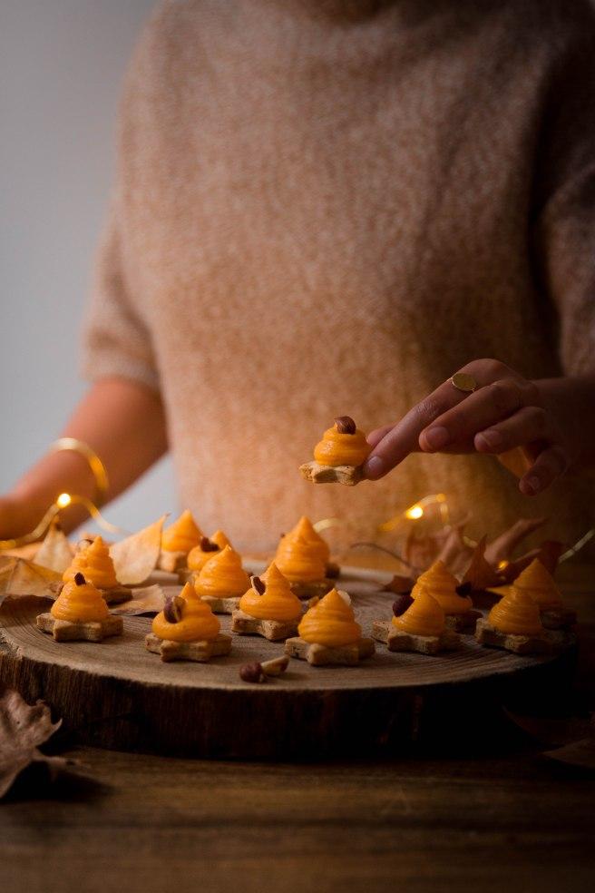 Etoiles de butternut aux épices pour apéritif de Noël - Christmas apetizer photography