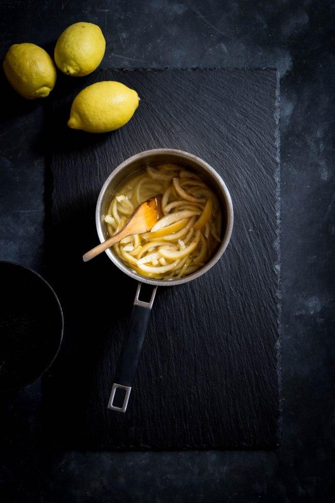 Écorces d'agrumes confites faites maison, technique et recette - food photography