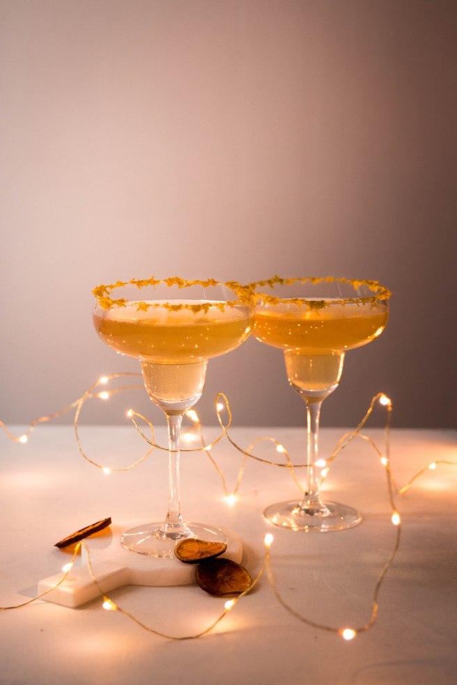 Cocktail de fêtes pétillant à base de prosecco et sirop de mandarine maison - photography