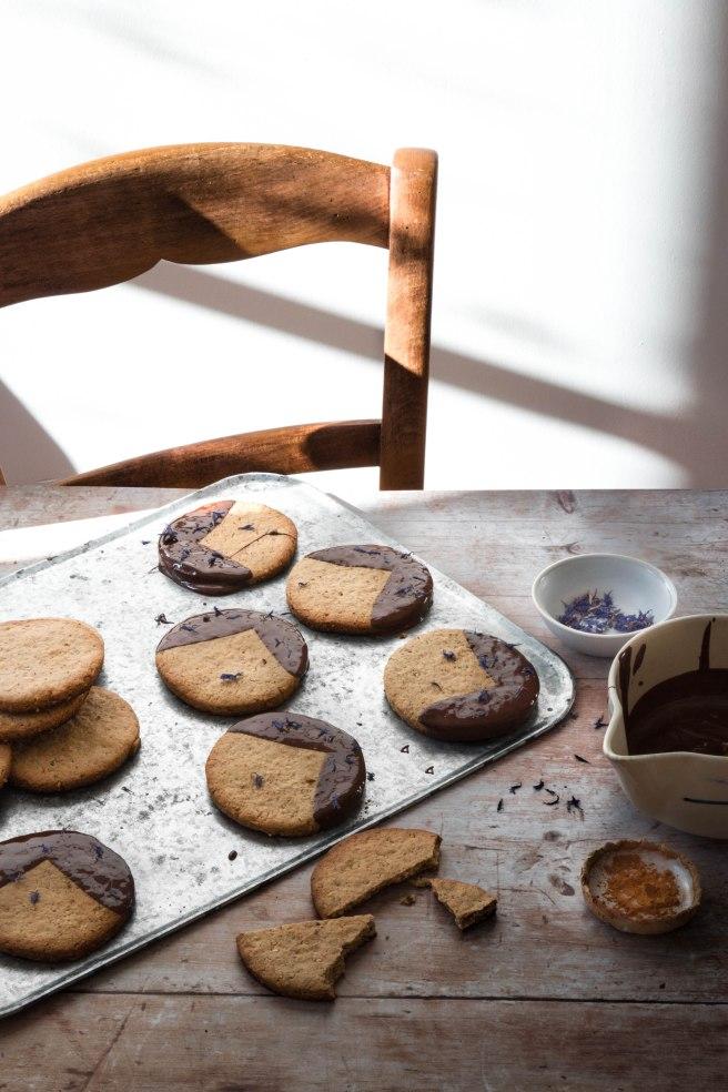 Sablés au sésame et chocolat noir - photography