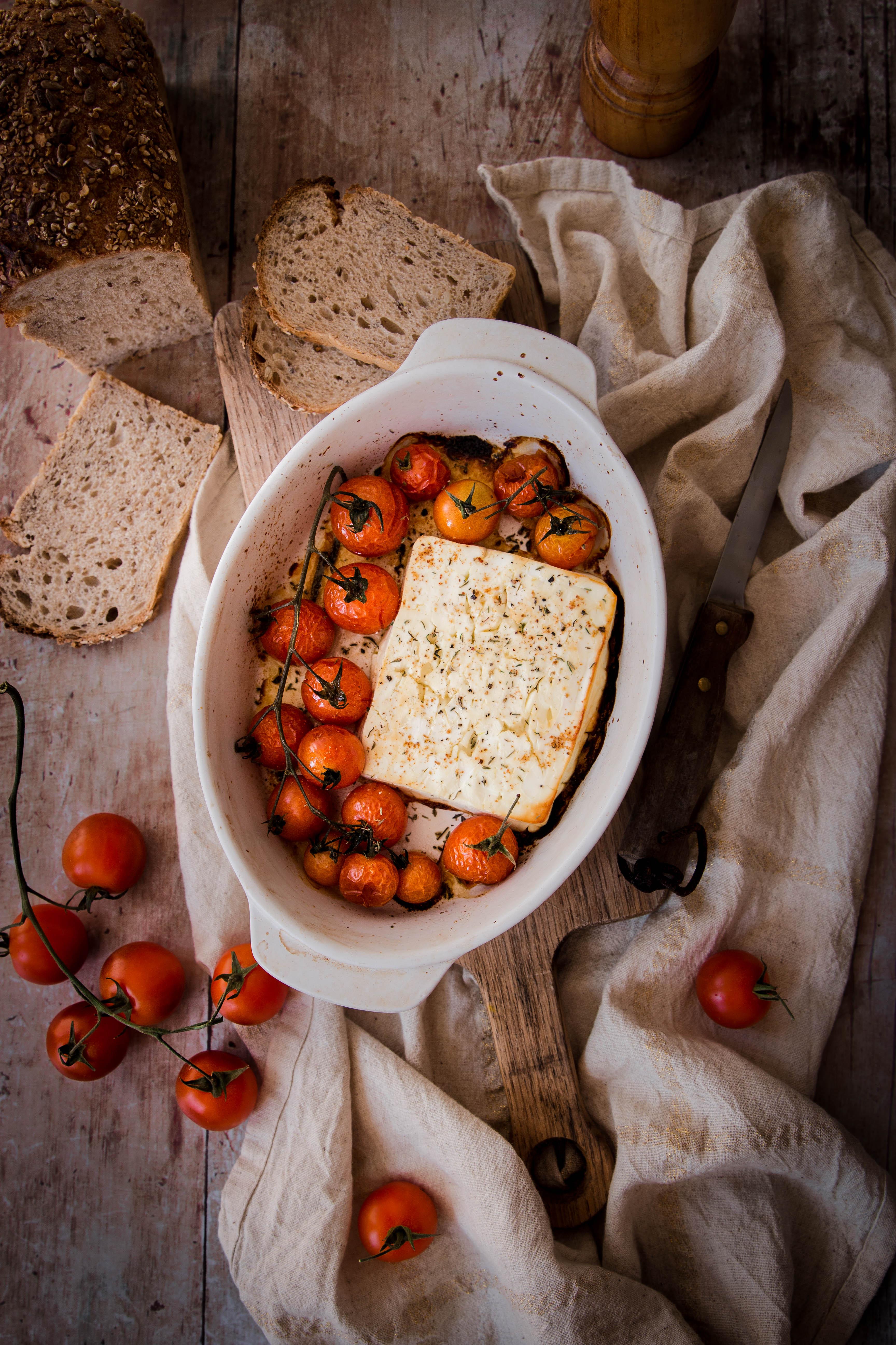 Feta et tomates cerises rôties - roasted feta photography
