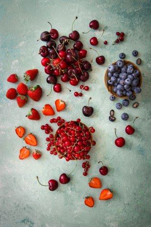 Fruits rouges photography madamcadamia
