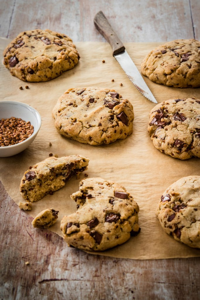 Cookies au sarrasin, chocolat et beurre demi-sel - photography