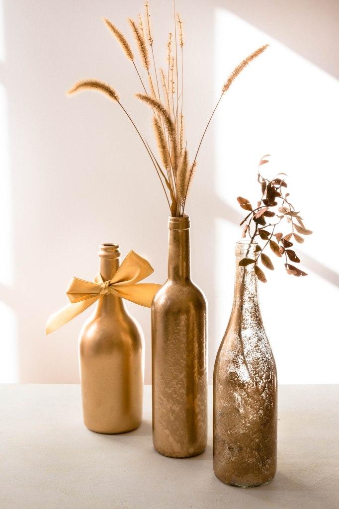 Bouteille de vin recyclée en vase de Noël - DIY photography