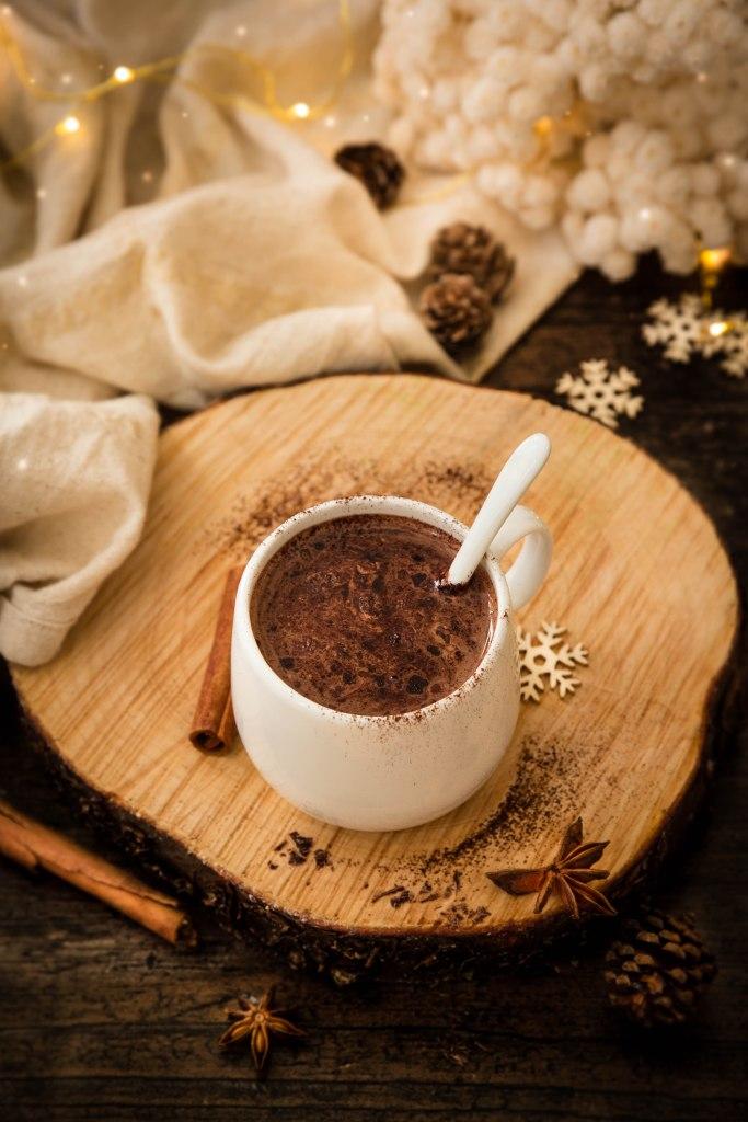 Le parfait chocolat chaud de Noël aux épices et à la fleur d'oranger - photography