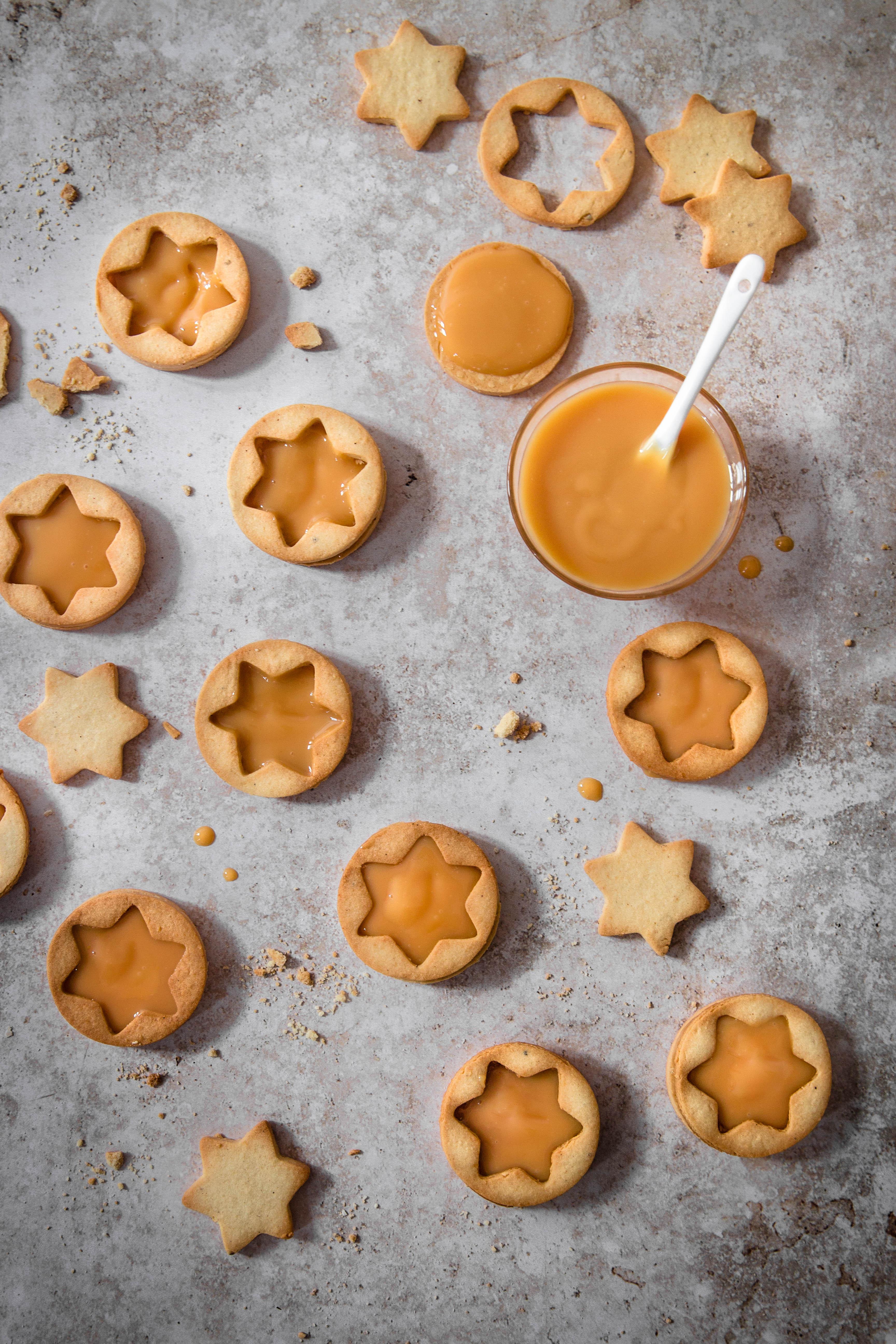 Sablés de Noël à la confiture de lait et aux épices - photography