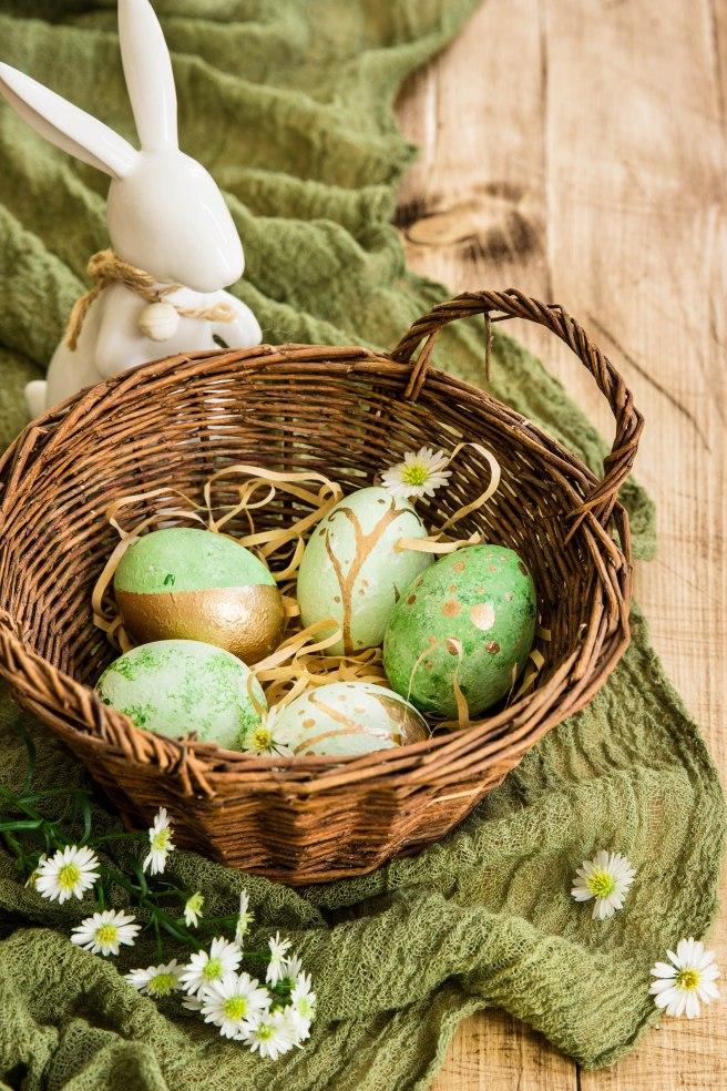 Comment réaliser des oeufs de Pâques peints décoratifs ? - DIY de Pâques photography