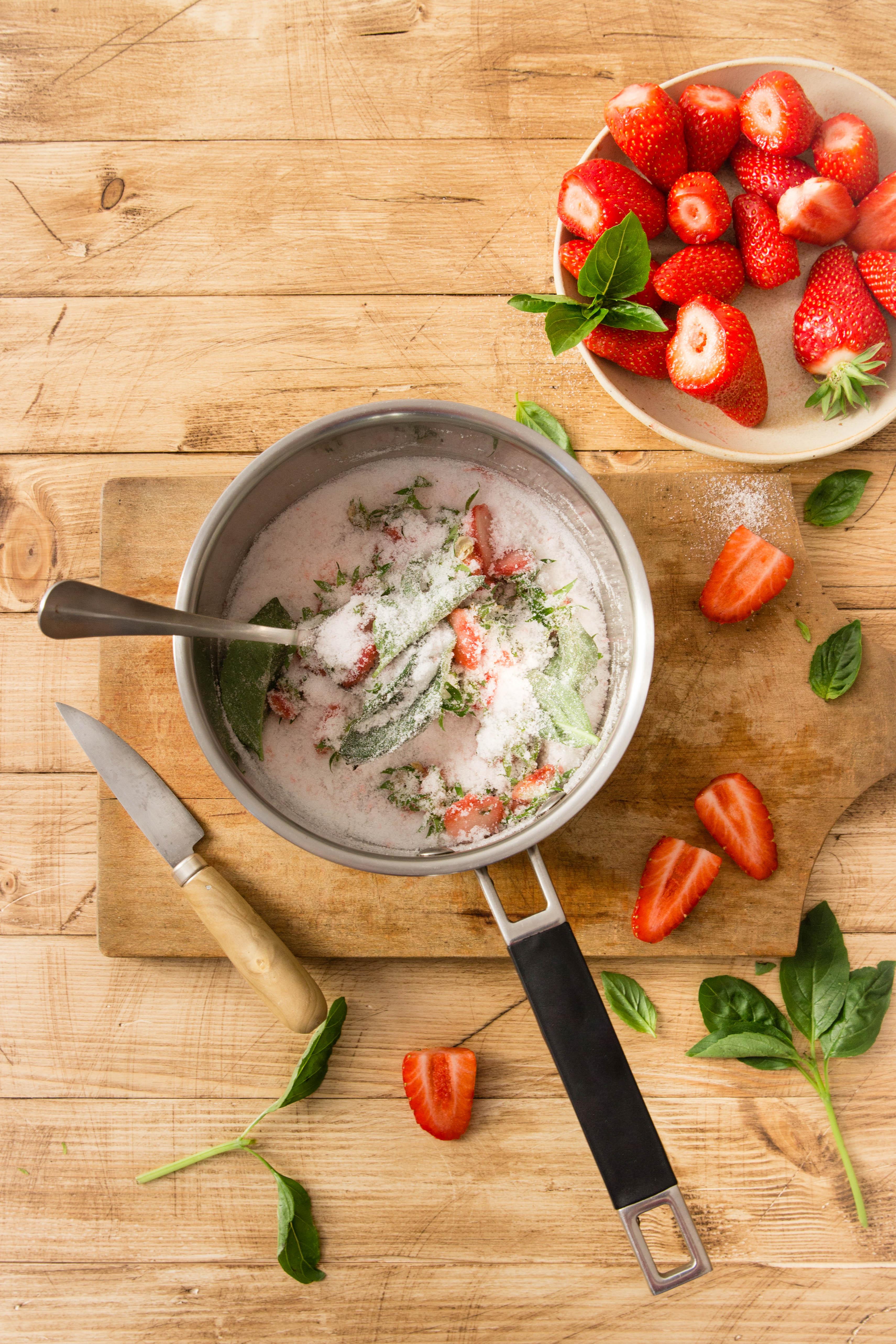Sirop de queues de fraises antigaspi - Quoi faire avec des queues de fraises ? DIY photography