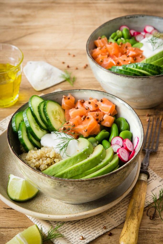 Pokébowl de saumon aux légumes de printemps - photography