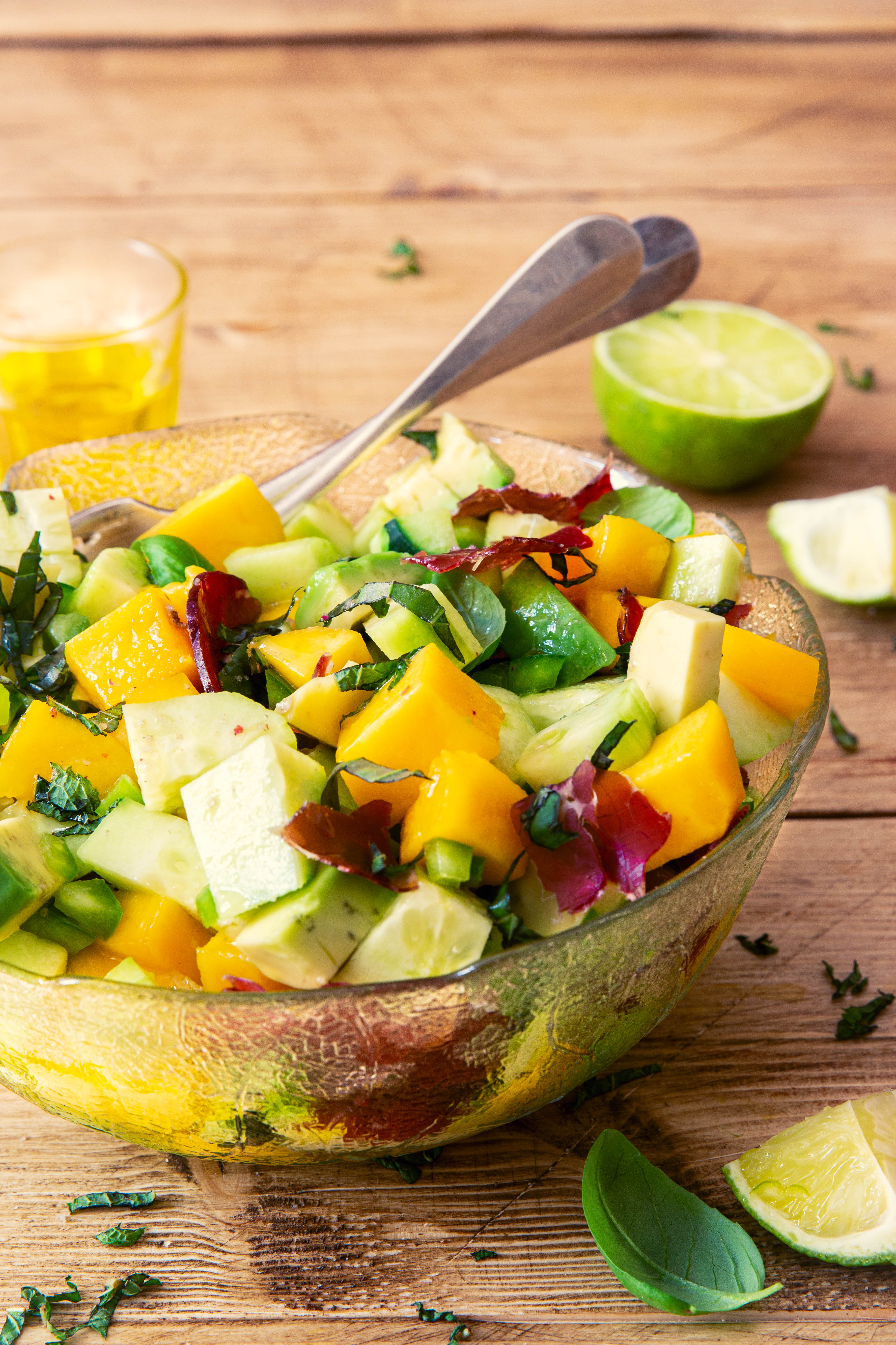 Salade mangue, avocat et bresaola - photography